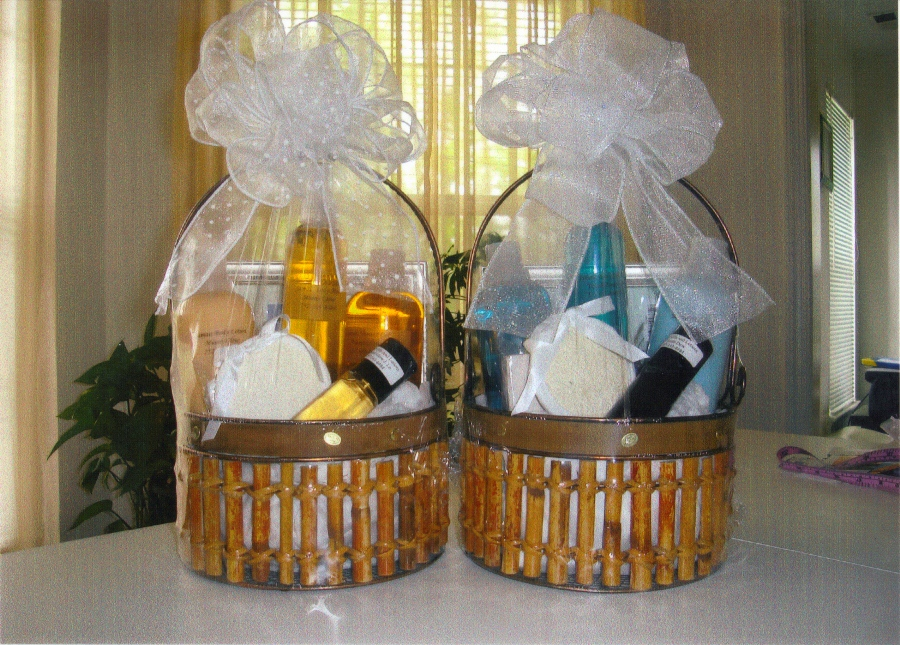 Menu0027s Gift Baskets Package 1 & Menu0027s Gift Baskets Package 1 | Jamais Oils and Lotions